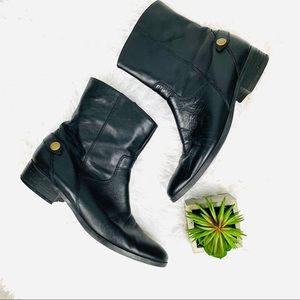Marc Fisher black leather rider style botties
